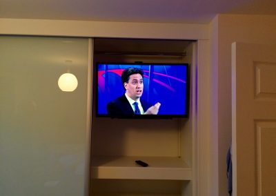 32-inch-smart-TV-inside-a-fitted