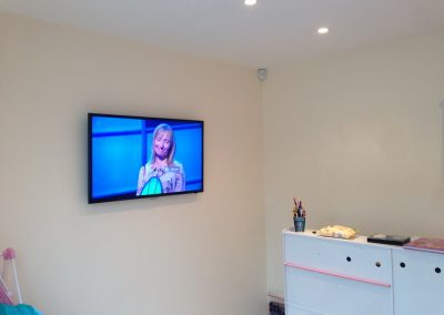 TV-wall-mounted-in-a-play-room
