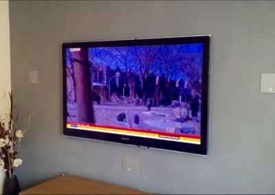 manchester-TV-installation-gallery-apr-2017-001