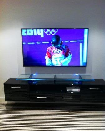 worsley-tv-solutions-TV-wall-mounting-service-009