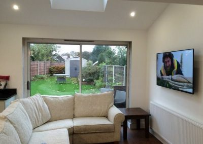 worsley-tv-solutions-wall-mounting-gallery-May-2016-004