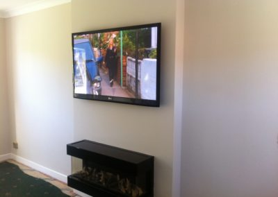 worsley-tv-solutions-wall-mounting-gallery-may-2014-1