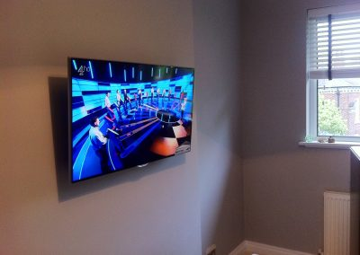 worsley-tv-solutions-wall-mounting-gallery-may-2014-3