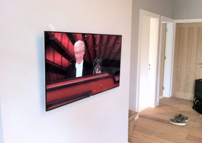 worsley-tv-solutions-wall-mounting-gallery-may-2014-5