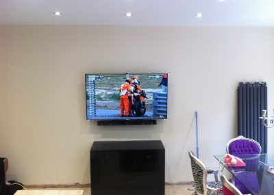 worsley-tv-solutions-wall-mounting-gallery-may-2014-6