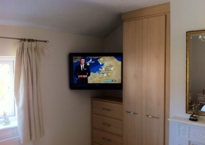worsley-tv-solutions-wall-mounting-gallery-may-2014-8